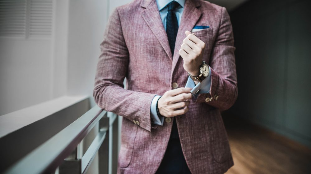 Public Speaking for Success: Be confident and charismatic