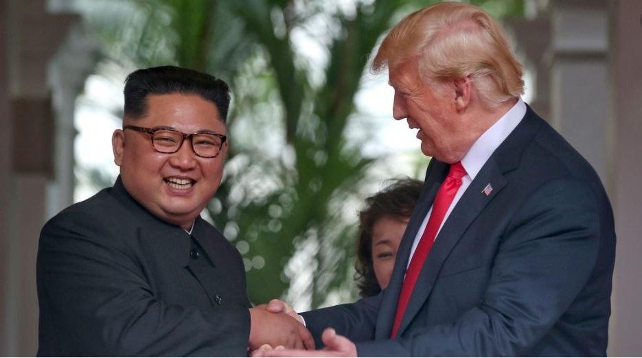 Body Language of Powerful Leaders